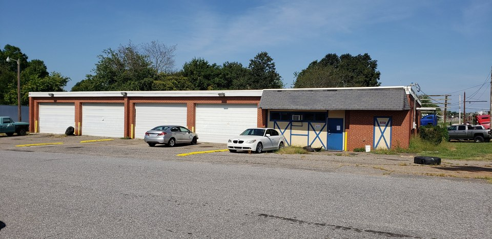 2403 W Front St, Statesville, NC, 28677
