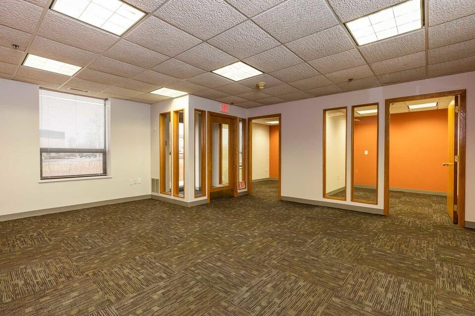65 Parker St, Unit 3, Newburyport, MA, 01950