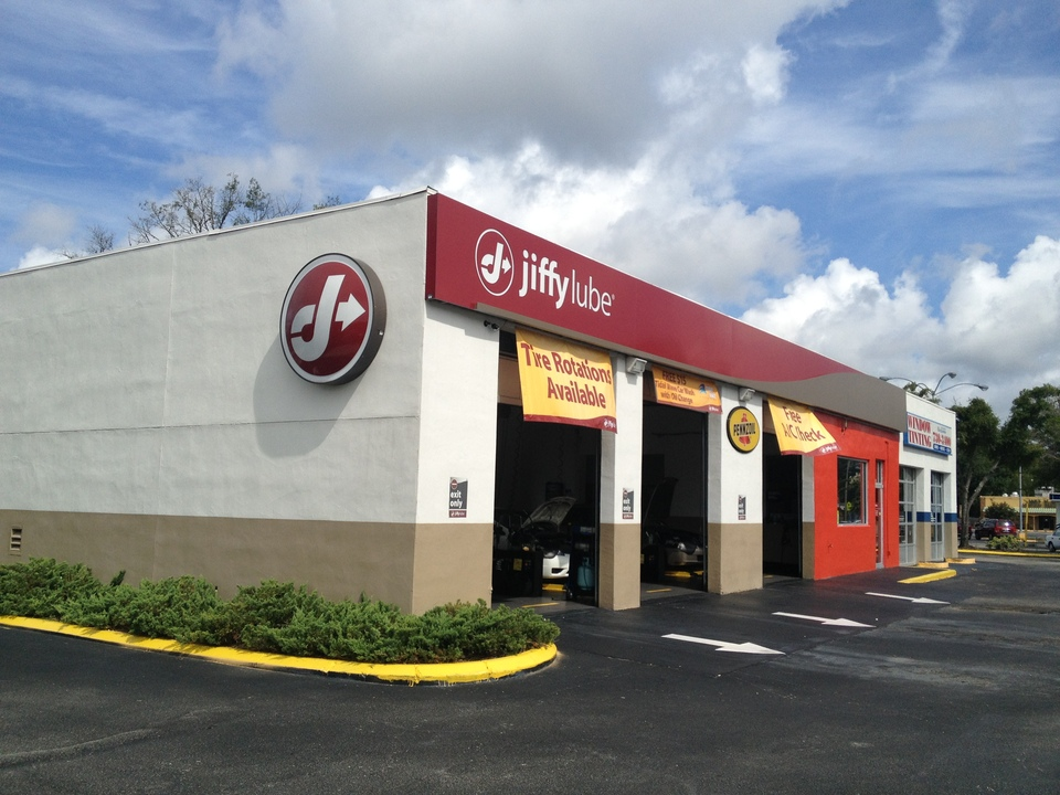 Find your local Jiffy Lube location in Harrisonburg, VA and Washington DC. Look up the address, map, phone number, hours of operation, and automotive services offered. Print an online oil change coupon for Virginia and Washington DC Jiffy Lube locations.
