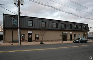 301 Hoboken Road, Carlstadt, 07072