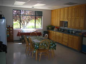 Medium_kitchen-breakroom